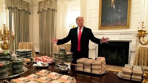 川普千個漢堡招待來客 美媒解讀出這麼大信息量