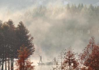 江苏盱眙天泉湖 薄雾缥缈若仙境
