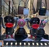 Prada猴玩偶涉種族歧視