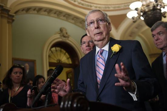 包括参院多数党领袖麦康诺(见图)等多位共和党重量级参议员公开反对川普加征墨西哥5%进口关税的计划 美联社