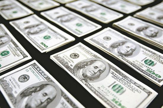 美歐央行鴿聲嘹亮,帶動全球資金行情起舞,三大債券基金已連續六週全面吸金,不過美中...