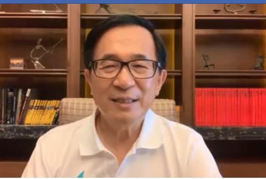 前總統陳水扁今晚在臉書發表對民進黨2020總統初選全民調的看法,直言「阿扁打死也不相信」民調結果。圖/翻攝自陳水扁臉書