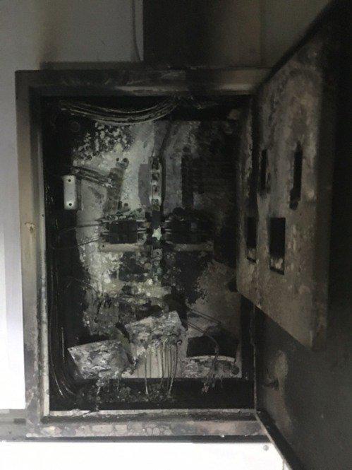 開館近4年的嘉義縣故宮南院,今天凌晨驚傳首起火警,所幸只是3樓空調機房變電箱起火冒煙,無人員受困或受傷。圖/消防局提供