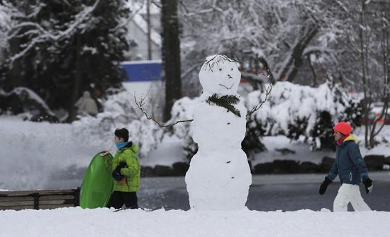 美國西北部俄勒岡州和華盛頓州本月降下多場大雪。美聯社