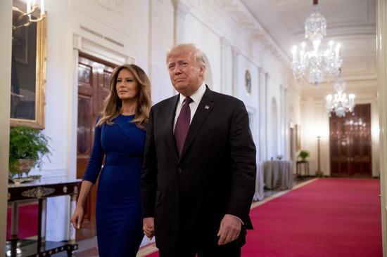 美國總統川普與第一夫人梅蘭妮亞。 美聯社