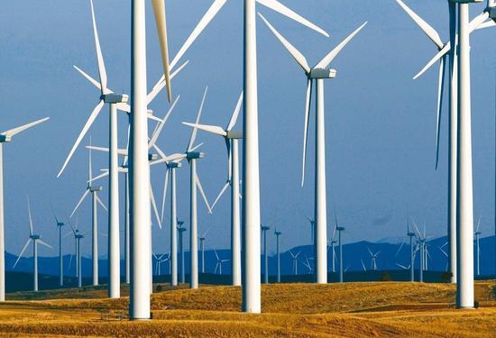 綠電成本降 川普振興煤業遇路障