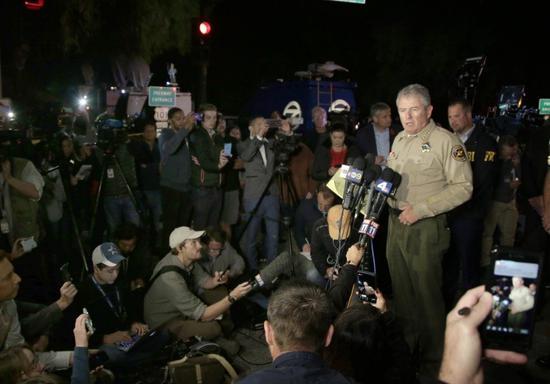 文杜拉郡警长狄恩(Geoff Dean)表示,凶嫌身分查出,是美军陆战队退伍军人。 欧新社