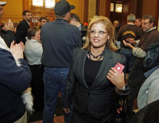 印第安纳州众议员出面指控州检察长希尔性骚扰。 世界日报记者宋凌兰/翻摄