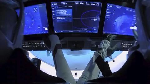 美國宇航局完成首次商業載人試航任務