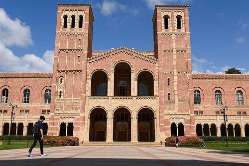 UCLA连四年排名全美公立大学第一位。